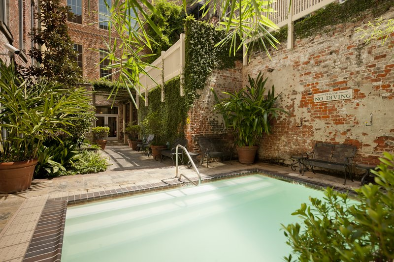 Country Inn & Suites New Orleans French Quarter Pool