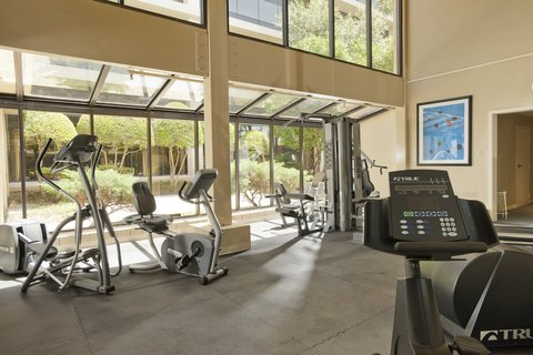 Radisson Central Dallas - Fitness Room