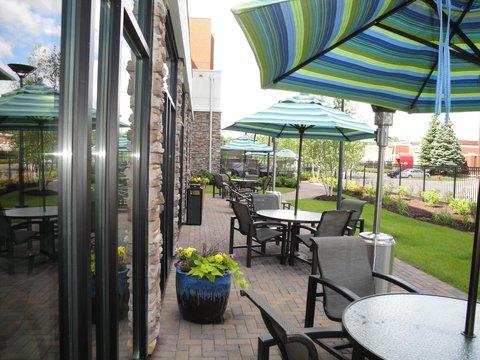 Homewood Suites by Hilton Minneapolis-StLouis Park at West - Outdoor Patio