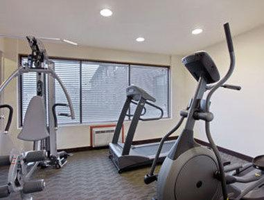 Baymont Inn & Suites Eau Claire WI - Fitness Center