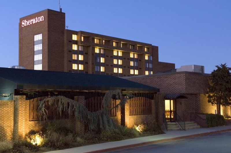 Sheraton Harrisburg Hershey Hotel