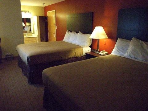St Charles Hotel - Queen Queen Room