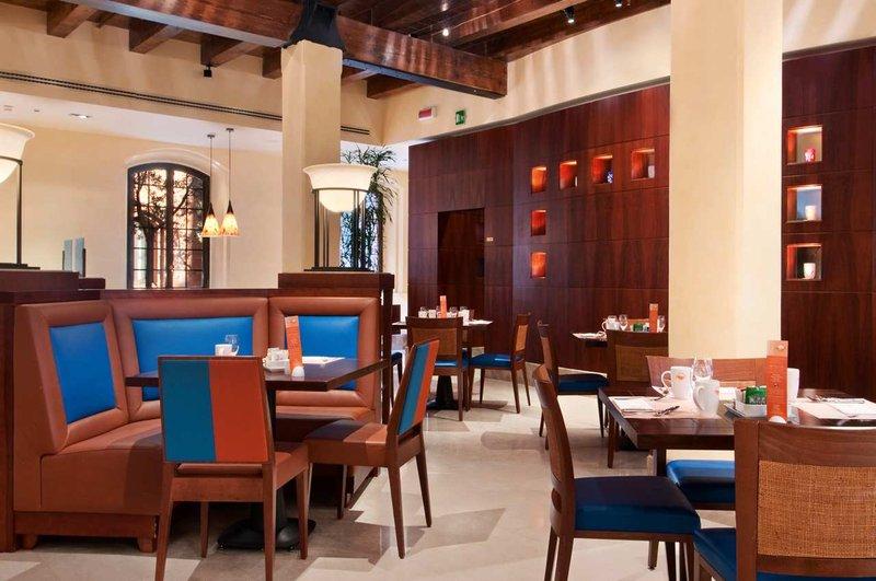 Hilton Molino Stucky Venice Restauration