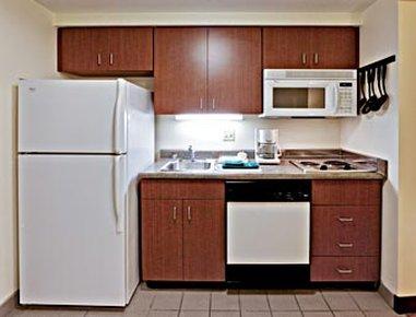Hawthorn Suites Louisville - Louisville, KY