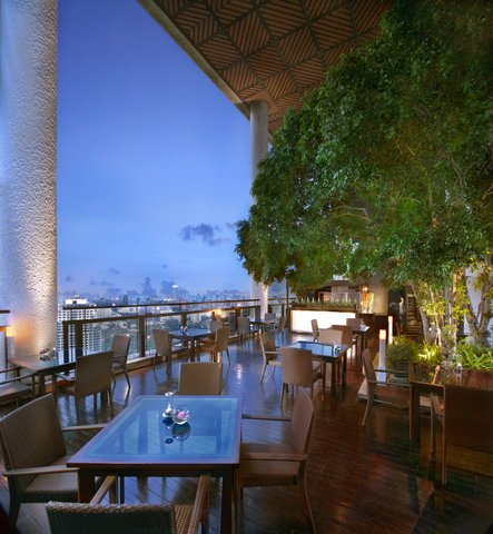 悦榕度假酒店 - Latitude Lounge and Bar