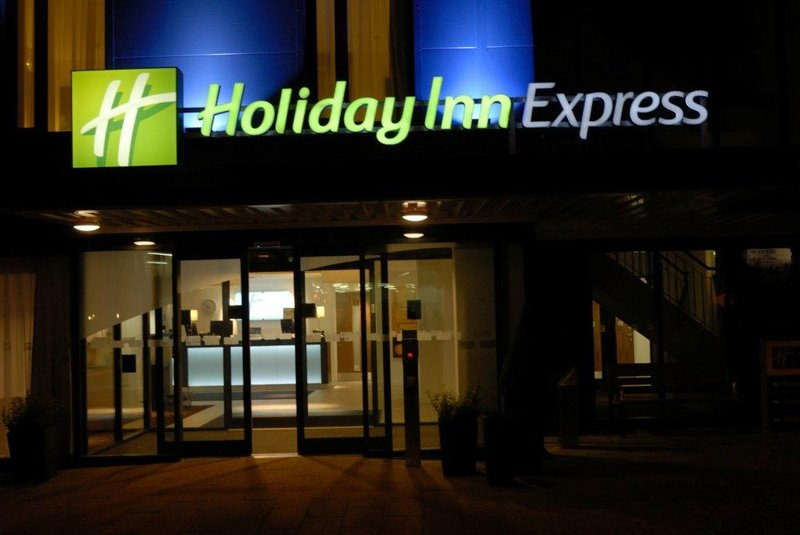 Holiday Inn Express Birmingham - South A45 外景