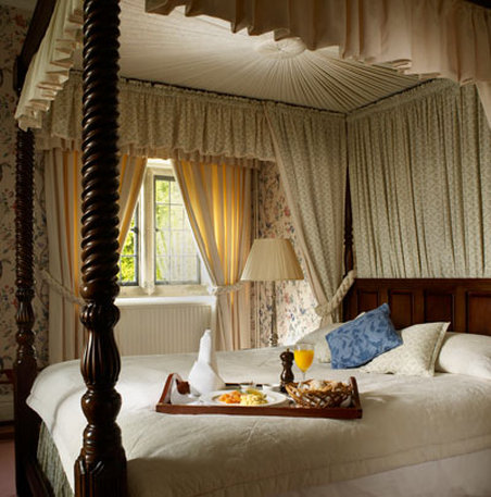 Callow Hall Country House Hotel - Thumb CLWBedroom