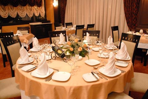 Crown Hotel Baku - Vista Restaurant