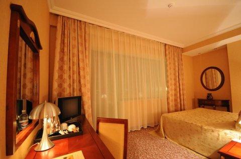 Crown Hotel Baku - Guest Room