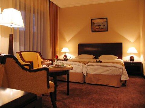 Crown Hotel Baku - Deluxe Room  OpenTravel Alliance - Guest room