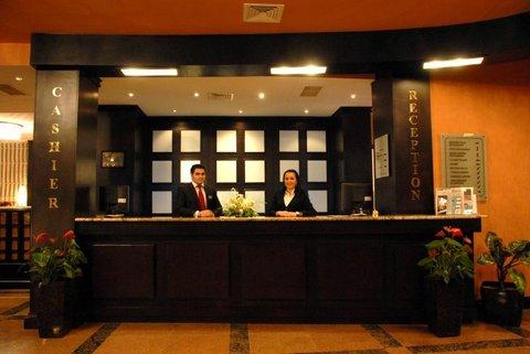 Crown Hotel Baku - Reception