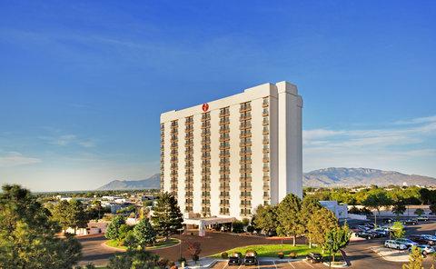 Sheraton Albuquerque Airport Hotel - Exterior With Mountain View