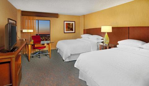 Sheraton Albuquerque Airport Hotel - Traditional Queen Bed Guestroom