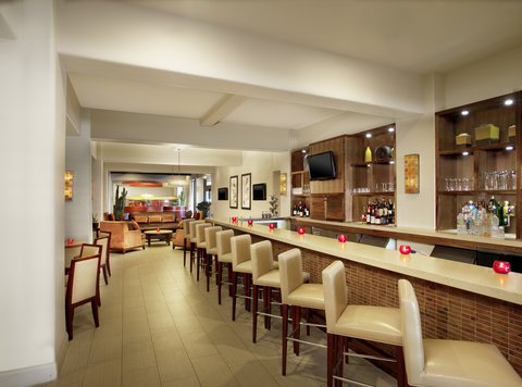 Sheraton Albuquerque Airport Hotel - Rojo Restaurant Lobby Bar