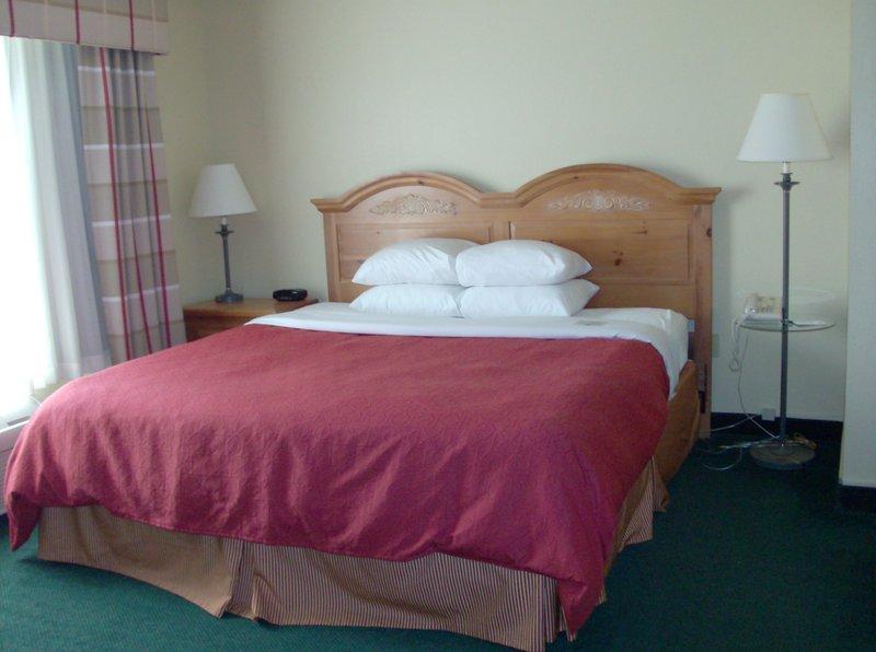 Country Inn & Suites Appleton - Appleton, WI