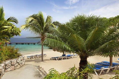 Curacao Hilton Hotel - Piscadera Beach