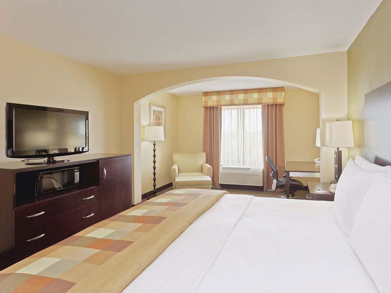 La Quinta Inn & Suites Hickory - Conover, NC