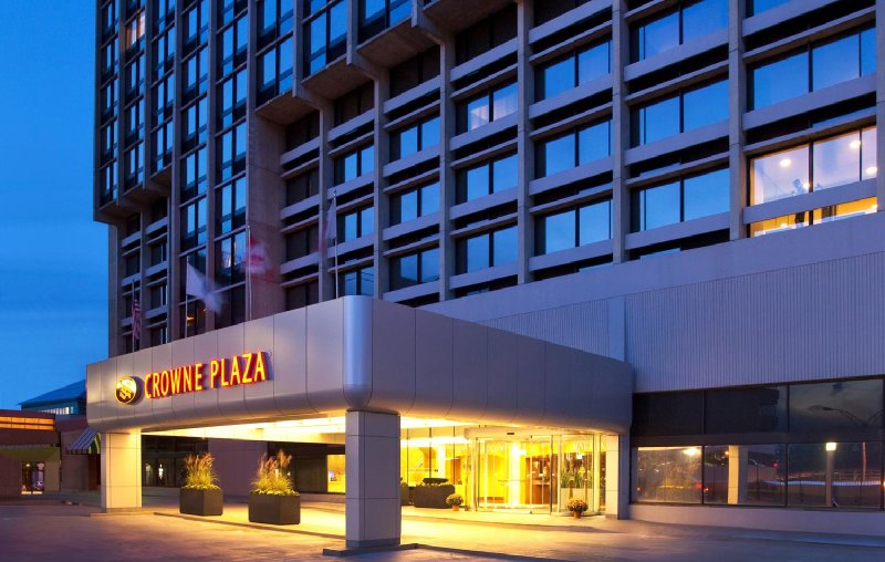 Crowne Plaza-Boston-Newton - Newton, MA