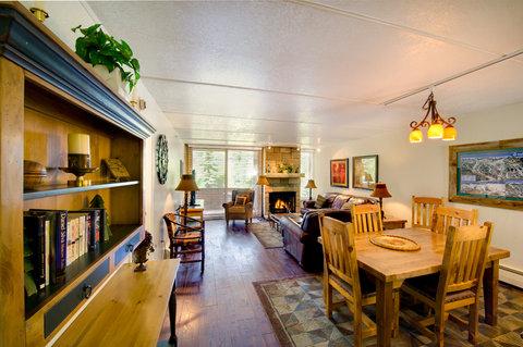 Vail's Mountain Haus - 2 Bedroom Valleyside