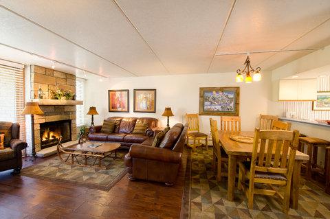 Vail's Mountain Haus - 3 Bedroom Mountainside