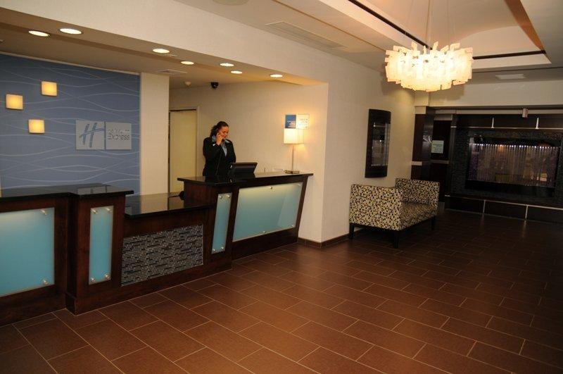 Holiday Inn Express & Suites STROUDSBURG-POCONOS - Stroudsburg, PA