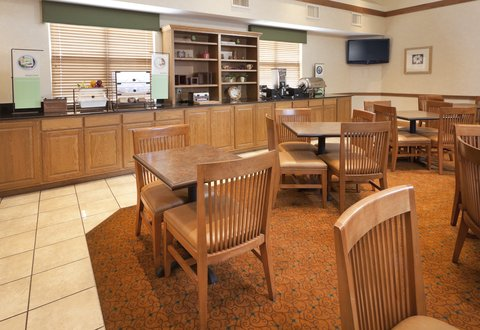 Country Inn & Suites By Carlson, Chattanooga at Hamilton Place Mall, TN - CISChattanooga MGRetouched