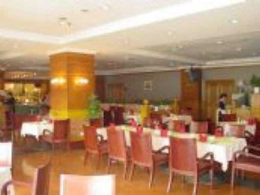 Sun Way Airport Hotel Gastronomie