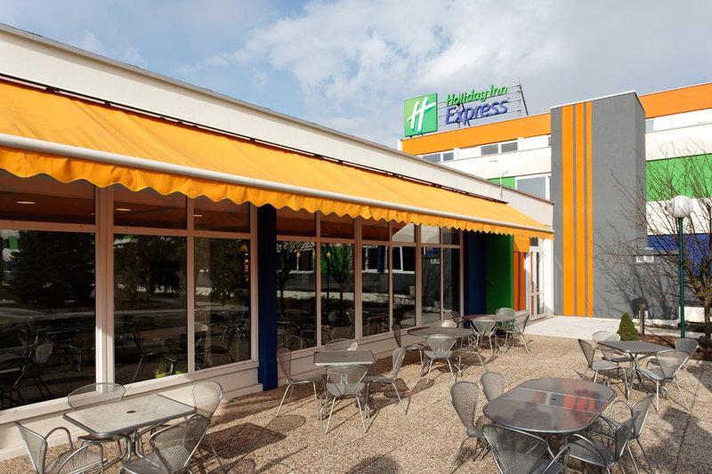 Holiday Inn Express Strasbourg Sud Außenansicht