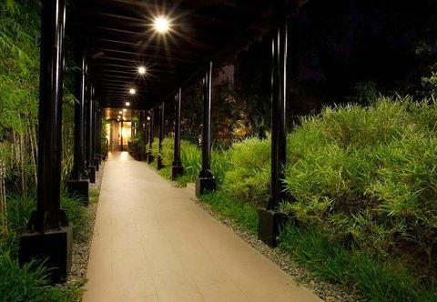 Cebu City Marriott Hotel - Marriott Walkway