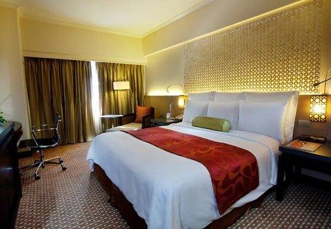 Cebu City Marriott Hotel - Deluxe Guest Room