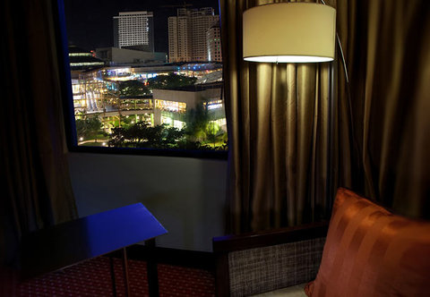 Cebu City Marriott Hotel - Deluxe Guest Room View