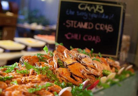 Cebu City Marriott Hotel - Garden Caf  Seafood Buffet