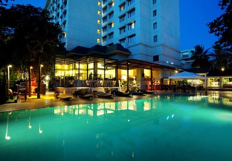 Cebu City Marriott Hotel - Pool Bar