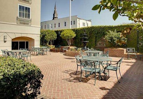 Courtyard Charleston Historic District - Garden Courtyard