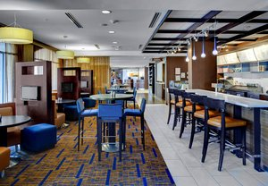 Bar - Courtyard by Marriott Hotel Marion Square Charleston