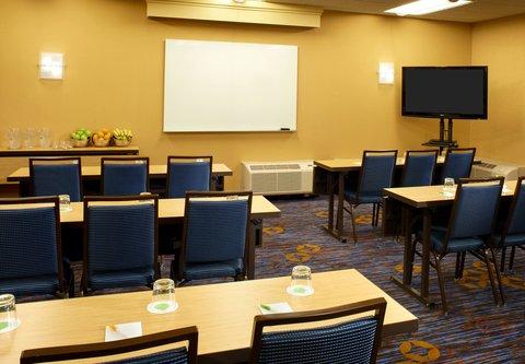 哥伦布沃辛顿万怡酒店 - Meeting Room - Classroom Setup
