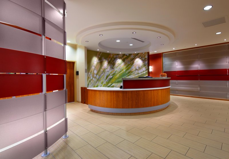 SpringHill Suites Columbus OSU Lobby