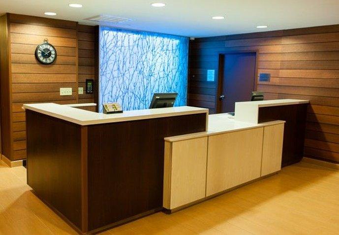 Fairfield Inn and Suites by Marriott Dallas Market Center Hala