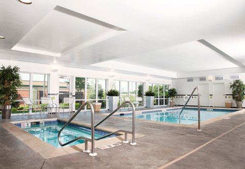 Fairfield Inn & Suites Des Moines Airport - Indoor Pool