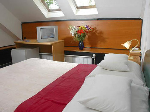 Fortuna Hotel - Room
