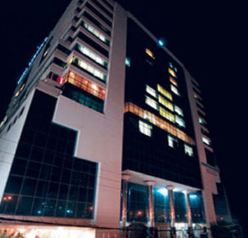 Dhaka Regency Hotel And Resort Ltd - Exterior