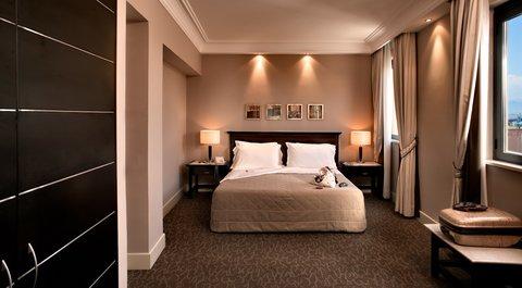 Regina Margherita Hotel - SUPERIOR ROOM