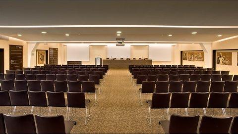 Regina Margherita Hotel - Conference Room  Castello