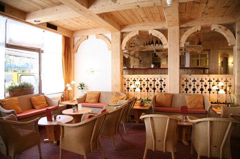 Sunstar Wengen Hotel - Sunstar Hotel Wengen Lobby Bar