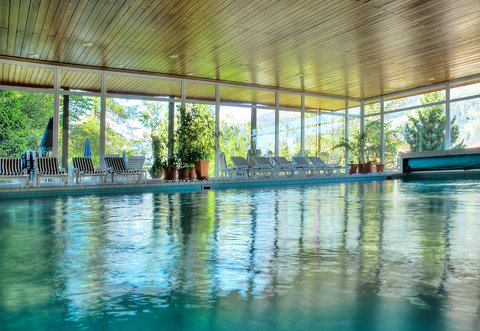 Sunstar Wengen Hotel - Sunstar Hotel Wengen Pool Sommer