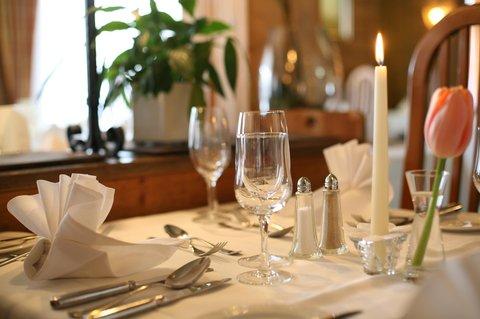 Sunstar Wengen Hotel - Sunstar Hotel Wengen Restaurant Tisch
