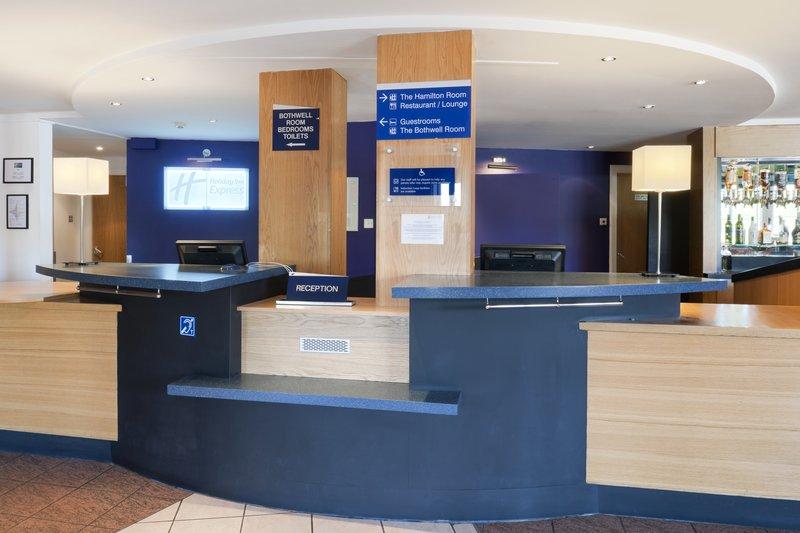 Holiday Inn Express Strathclyde M74, JCT.5 前厅
