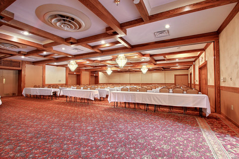 BEST WESTERN Prairie Inn & Conference Center - Banquet Hall