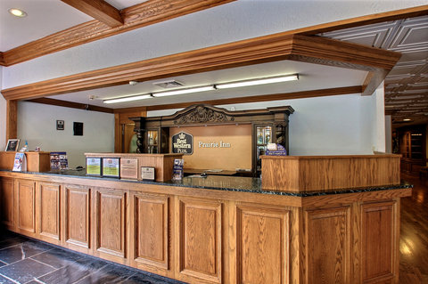 BEST WESTERN Prairie Inn & Conference Center - Reception Desk