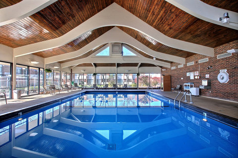 BEST WESTERN Prairie Inn & Conference Center - Indoor Pool